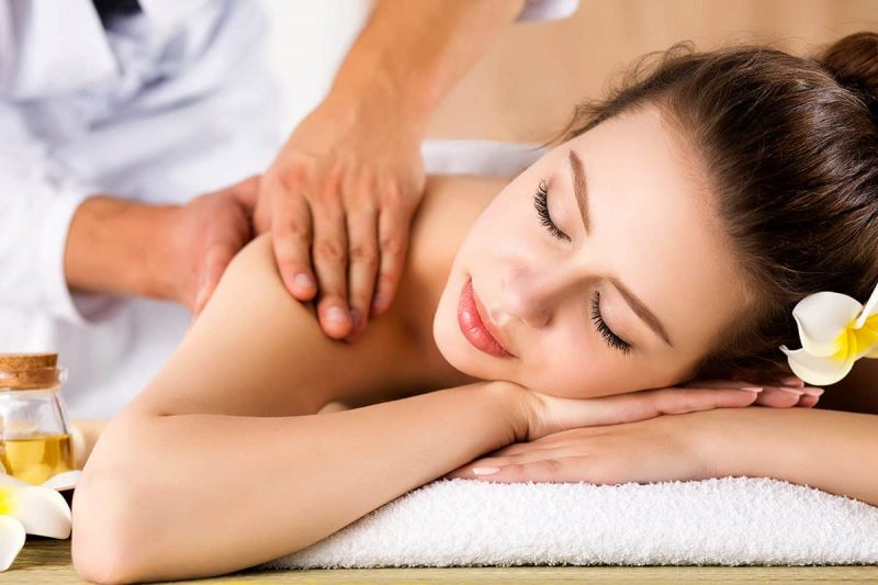 full-body-massage-spa-therapy-01