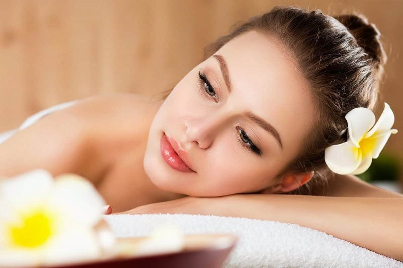 full-body-massage-spa-therapy-03